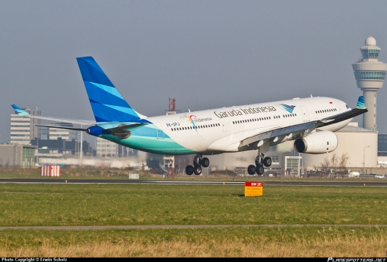 PK-GPJ-Garuda-Indonesia-Airbus-A330-200_PlanespottersNet_265828
