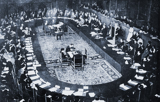 kmb-1949-yang-menghasilkan-pengakuan-kedalutan-republik-indonesia-serikat